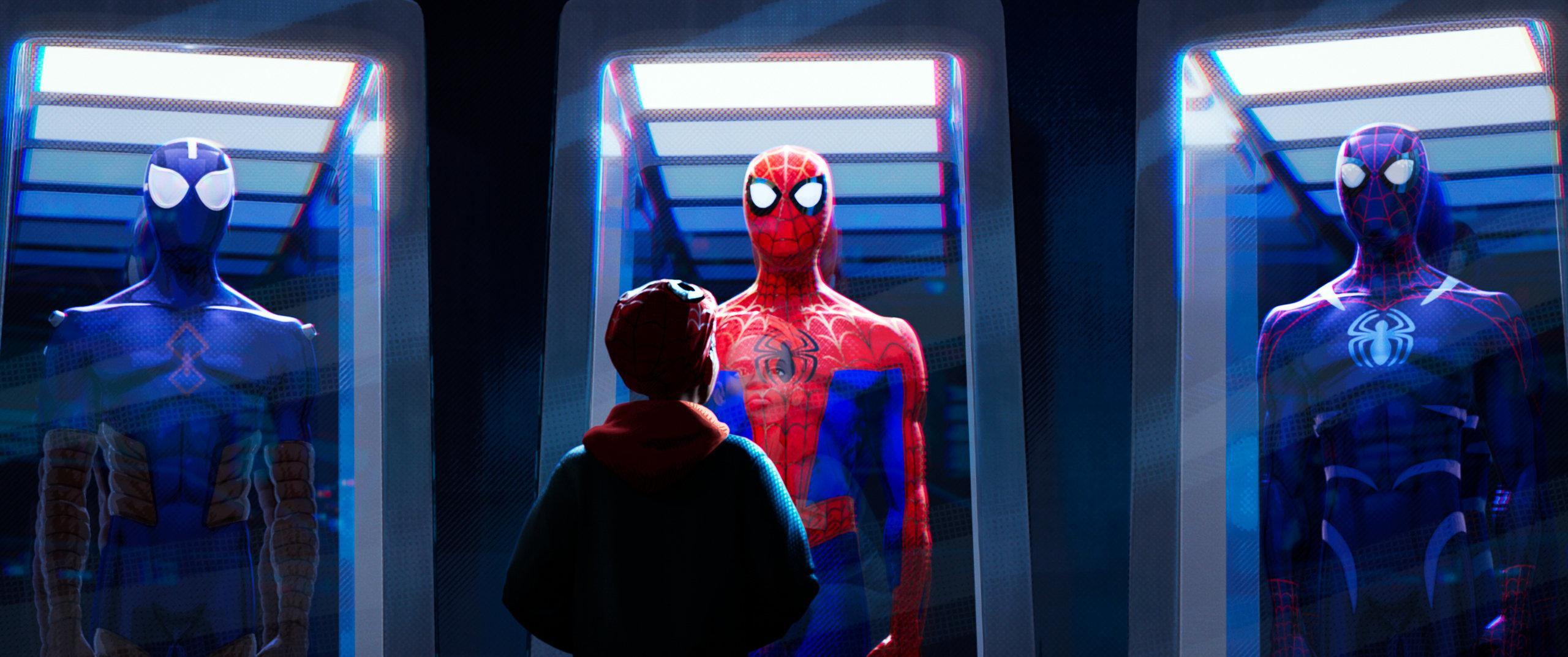 """рецензия на мультфильм """"Человек-паук: Через вселенные"""""""