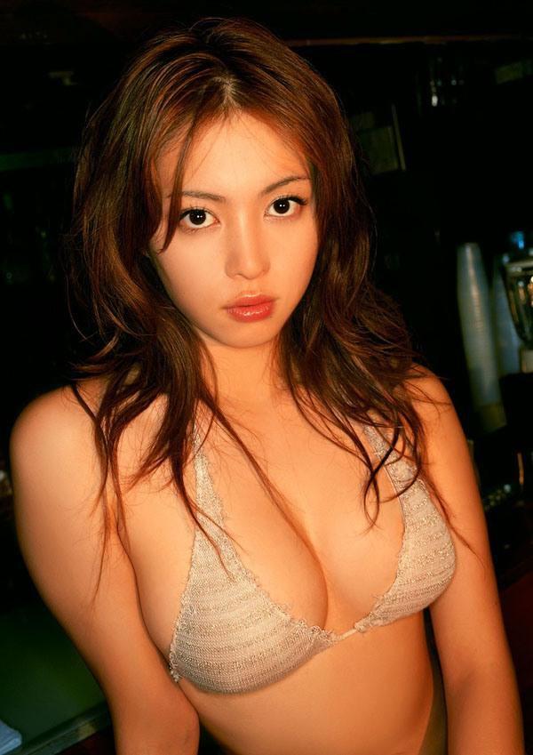 фото Маюко Иваса