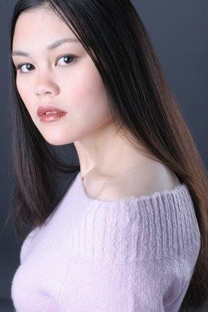 фото Лоретта Ю