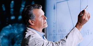 Между мирами: 5 лучших научно-фантастических сериалов