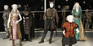 Сериальный стиль: костюмы и реквизит «Игры престолов»