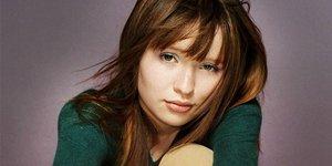 Девушка недели: Эмили Браунинг, звезда фильма «Помпеи»