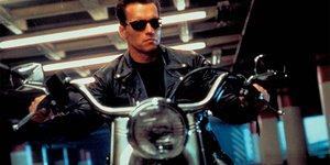 8 знаковых мотоциклов из кино