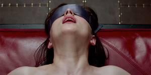В кино на этой неделе: «50 оттенков серого», разведка и французские невротики