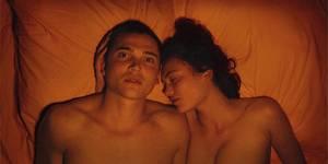 В кино на этой неделе: Прогулка над небоскребами, готика и секс в 3D