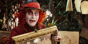 В кино на этой неделе: Алиса, Том Хэнкс, шейхи и Чилдрен Кинофест