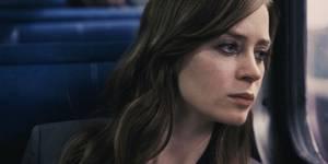 Стоит ли смотреть: «Девушка в поезде»