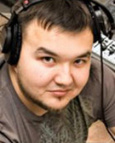 Денис Колесников фото
