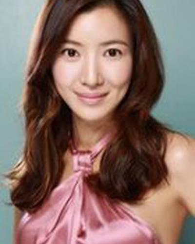 Sae-ah Yoon фото