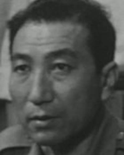 Акио Кусама фото