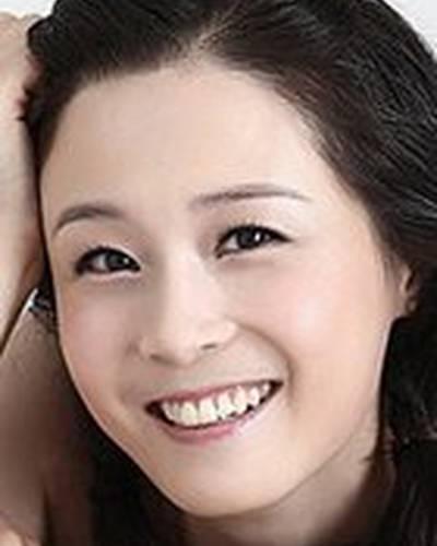 Кан Ын Чжин фото