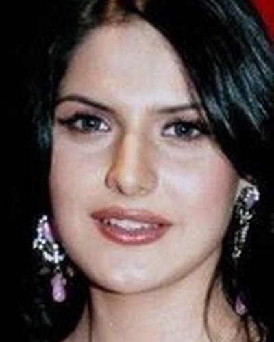 Зарин Кхан фото