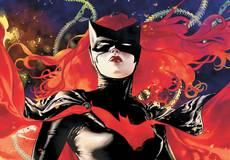 Готовится новый сериал про супергероиню-лесбиянку Бэтвумен