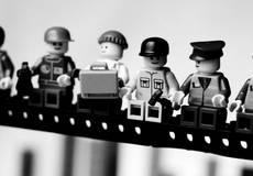 Фигурки LEGO спасут Вселенную