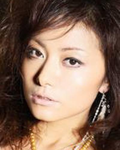 Чиаки Такахаси фото