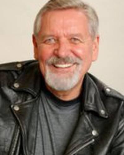 Тони Дадика фото