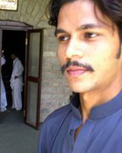 Waqar Khan фото