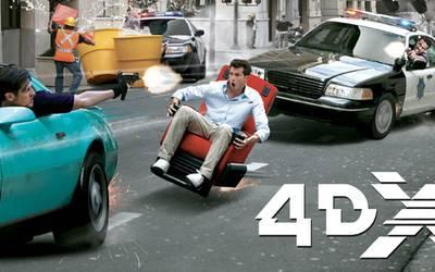 Брызги и синяки от Бэтмена: Как мы смотрели кино в формате 4DX