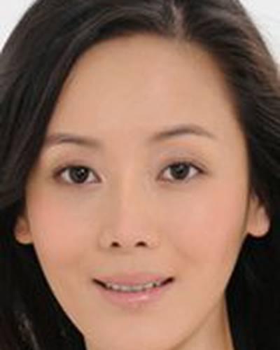 Йонг-Ли Че фото