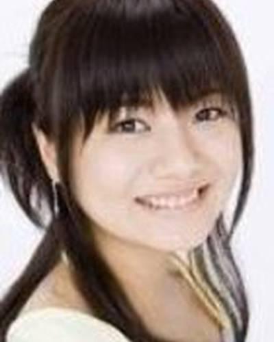 Сатоми Акэсака фото