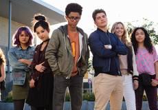 Сериалы «Беглецы» и «Человек будущего» продлены на 2 сезон