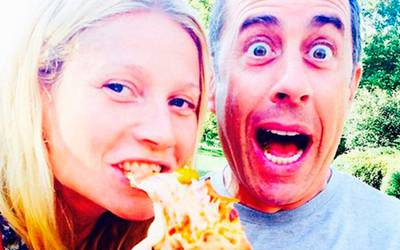 Звезды в соцсетях: Лето с туалетом, МакГрегор с фаллосом и пицца