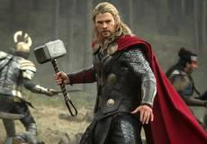 Сценарист «Мстителей» хотел вырезать Тора из сюжета