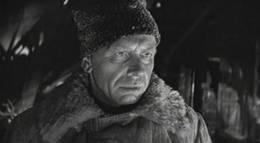 """Кадр из фильма """"Живые и мертвые"""" - 2"""