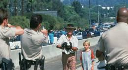 """Кадр из фильма """"Крокодил Данди в Лос-Анджелесе"""" - 1"""
