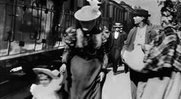 """Кадр из фильма """"Прибытие поезда на вокзал города Ла-Сьота"""" - 1"""