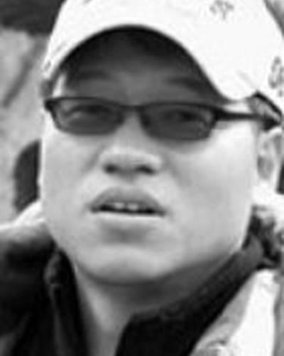 Сук-гу Хонг фото