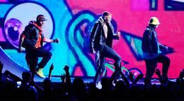 """Кадр из фильма """"Церемония вручения премии Billboard Music Awards 2012"""" - 1"""