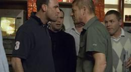 """Кадр из фильма """"Вне закона"""" - 2"""
