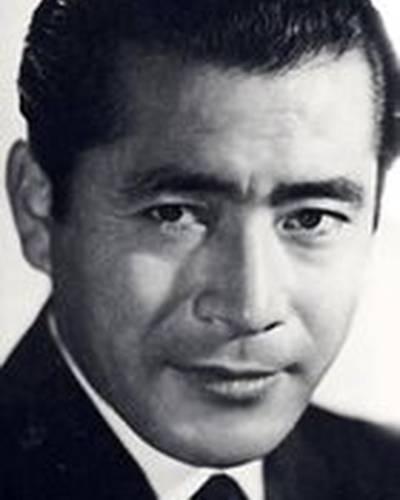 Тосиро Мифунэ фото