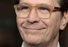 Гари Олдман присоединится к Кевину Костнеру в «Преступнике»