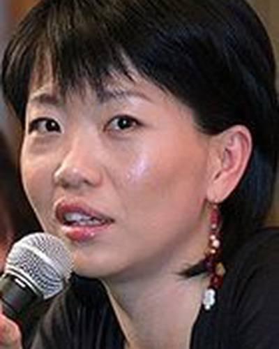 Юн-А Ин фото