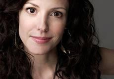 Мэри-Луиз Паркер бросает актерство из-за Интернета