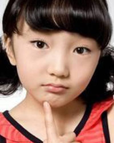 Чжи-Ын Ли фото