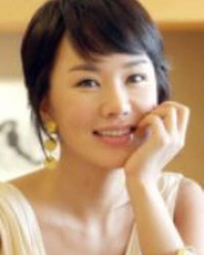 Ом Чон Хва фото