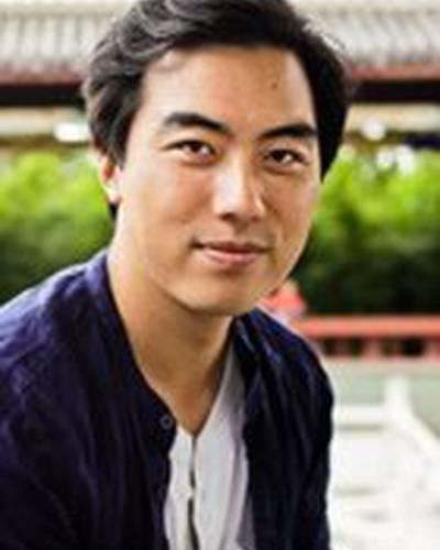 Юнг Чанг фото