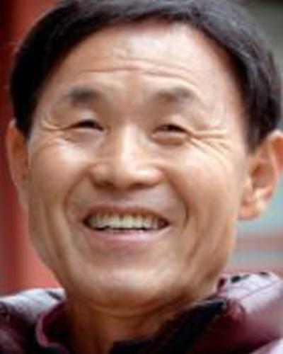 Ли Бён Хун фото