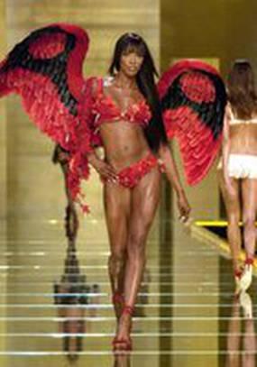 Показ мод Victoria's Secret 2002