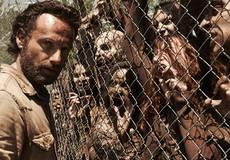 Новые сериальные трейлеры: «Ходячие мертвецы» и «Стрела»