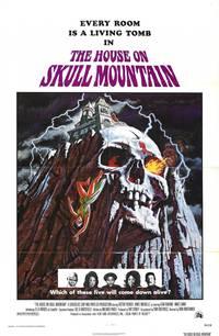 Постер Дом на горе черепов