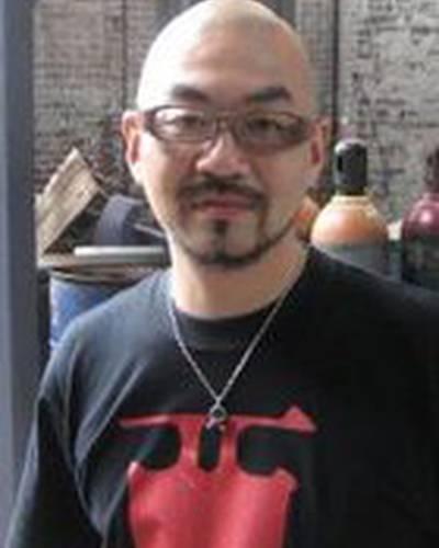 Ёсихиро Нисимура фото