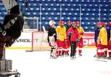 Фёдор Бондарчук распсихуется из-за хоккея