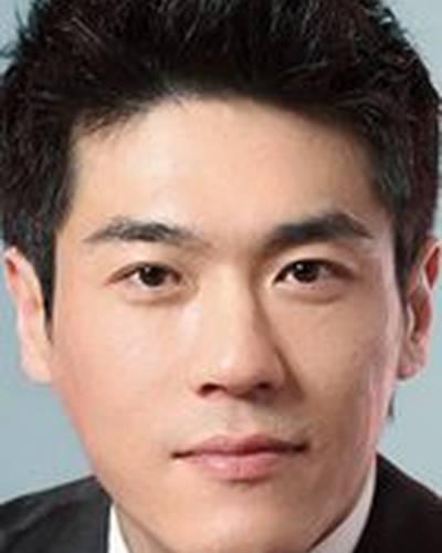 Чхве Чхоль Хо фото