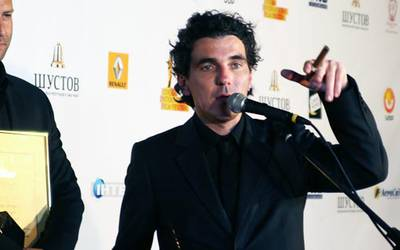 Олиас Барко: «горячий шоколад вместо крови»