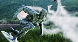 """Кадр из фильма """"Фантастическая четверка 2: Вторжение Серебряного серфера"""" - 2"""
