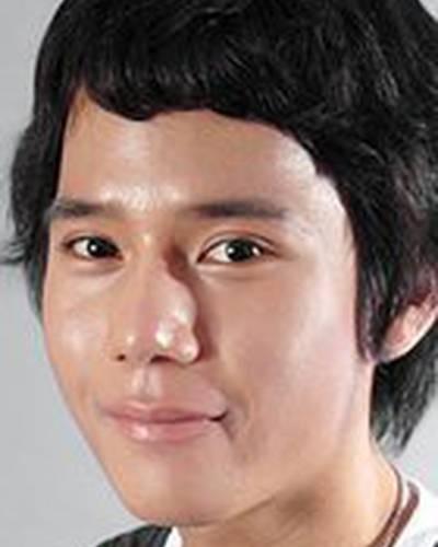 Чэ-ын Ли фото